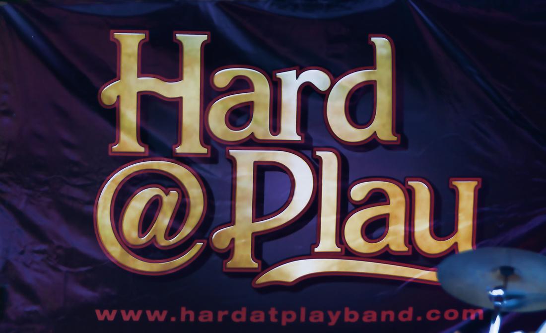 Hard@Play-095